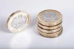 新的英磅硬币的细节 库存照片