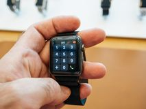新的苹果计算机手表系列3拨数字键盘 免版税库存图片