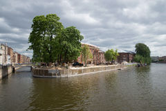 新的荷兰的整修 从海军部运河和河Moika,圣彼德堡的交叉点的看法 图库摄影