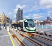 新的轻的铁路系统的火车 库存图片