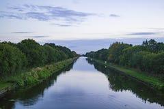 新的连接点运河英国 库存照片