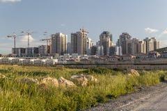 新的邻里全景-现代Residenti的概念 免版税图库摄影