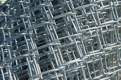 新的链节栅栏材料卷  免版税库存图片