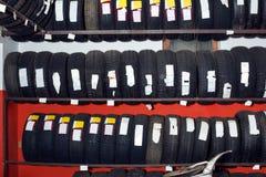 新的销售额轮胎 库存照片