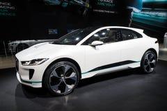 新的2018年捷豹汽车我步幅概念电车 库存图片
