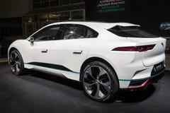 新的2018年捷豹汽车我步幅概念电SUV汽车 免版税库存图片