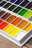 新的水彩绘具箱 免版税库存图片