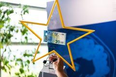 新的20欧元票据介绍 免版税库存照片