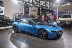 新的BMW i8超级杂种炫耀小轿车 库存图片