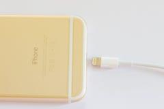 新的iPhone 6金子 库存照片