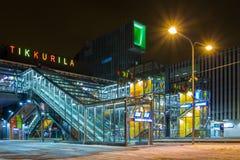 新的Tikkurila火车站在万塔,芬兰 免版税库存照片