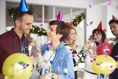 新的Year& x27; s前夕在办公室 免版税库存图片