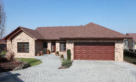 新砖的房子 库存照片
