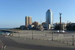 新罗西斯克是海岸Tsemess海湾的一个城市 免版税库存照片