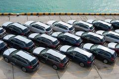 新罗西斯克,俄罗斯- 2017年5月, 18日:很多新的汽车Subaru林务员在站点停放了待售 在视图之上 库存图片