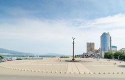新罗西斯克 Serebryakov海军上将岸散步代表  库存照片
