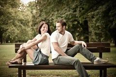 新美丽的夫妇约会 免版税库存照片