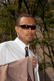 新美国黑人的生意人的太阳镜 库存图片