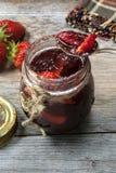 新自创草莓酱 免版税库存照片