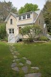 新英格兰居家和庭院 免版税库存图片