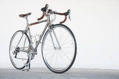 新葡萄酒自行车 免版税库存图片