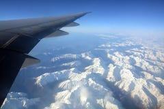新西兰的南阿尔卑斯山鸟瞰图在春天 库存图片
