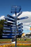 新西兰距离标志 库存图片