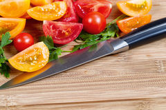 新近地切的蕃茄 免版税库存照片
