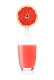 新近地被紧压的血橙汁 免版税图库摄影