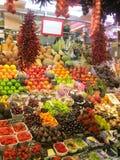 新鲜农产品在市场上 免版税库存照片