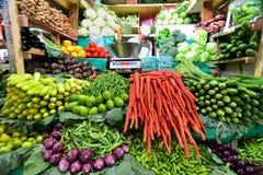 新鲜水果和veg显示  免版税库存图片
