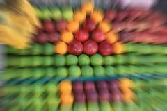 新鲜水果在市场上 免版税库存照片
