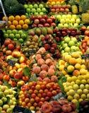 新鲜水果市场停转 免版税库存图片