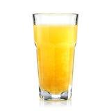 新鲜热带的果子和在被隔绝的一块高玻璃的健康汁液 免版税库存图片