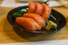 新鲜的三文鱼生鱼片 免版税库存图片