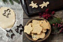 新鲜的做的圣诞节曲奇饼 库存照片