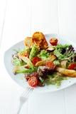新鲜的健康冷的国王蚝蘑沙拉 免版税图库摄影
