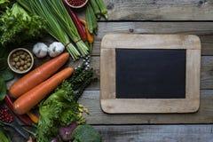 新鲜的农夫市场水果和蔬菜 免版税库存照片