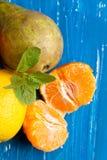 新鲜的多种果子 库存照片