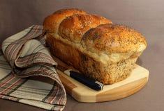 新鲜的家制面包 免版税图库摄影