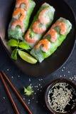 新鲜的春卷用虾和菜 库存图片