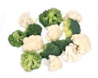 新鲜的有机花椰菜和硬花甘蓝 免版税图库摄影