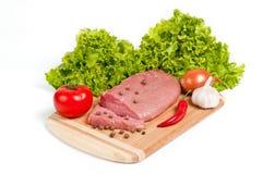 新鲜的未加工的牛肉在船上 库存照片
