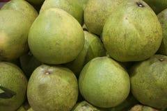 新鲜的柚超级市场 免版税库存照片
