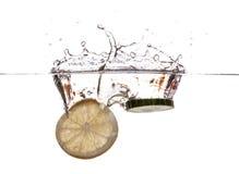 新鲜的柠檬和黄瓜 免版税图库摄影
