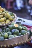 新鲜的柠檬,石灰 免版税库存图片