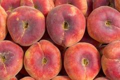 新鲜的桃子摘要果子五颜六色的样式纹理背景 库存图片