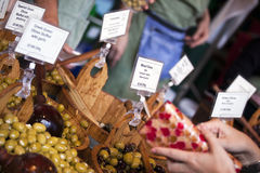 新鲜的橄榄 免版税库存照片
