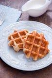 新鲜的比利时华夫饼干 免版税库存照片
