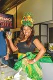 新鲜的汁液的妇女卖主国际绿色星期柏林上午20 01 2016年 免版税库存照片